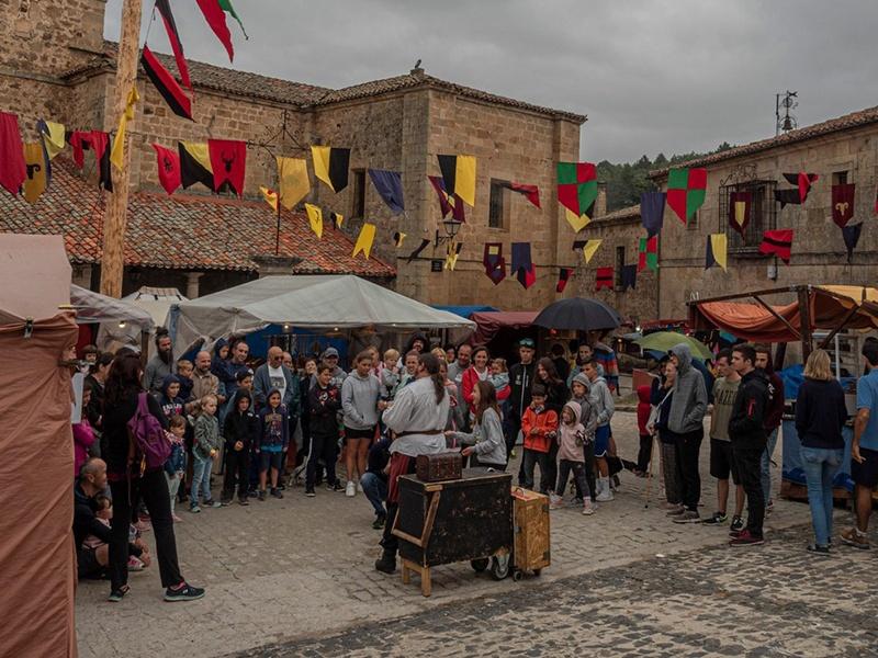 Molinos de Duero celebra su tradicional Mercado Medieval